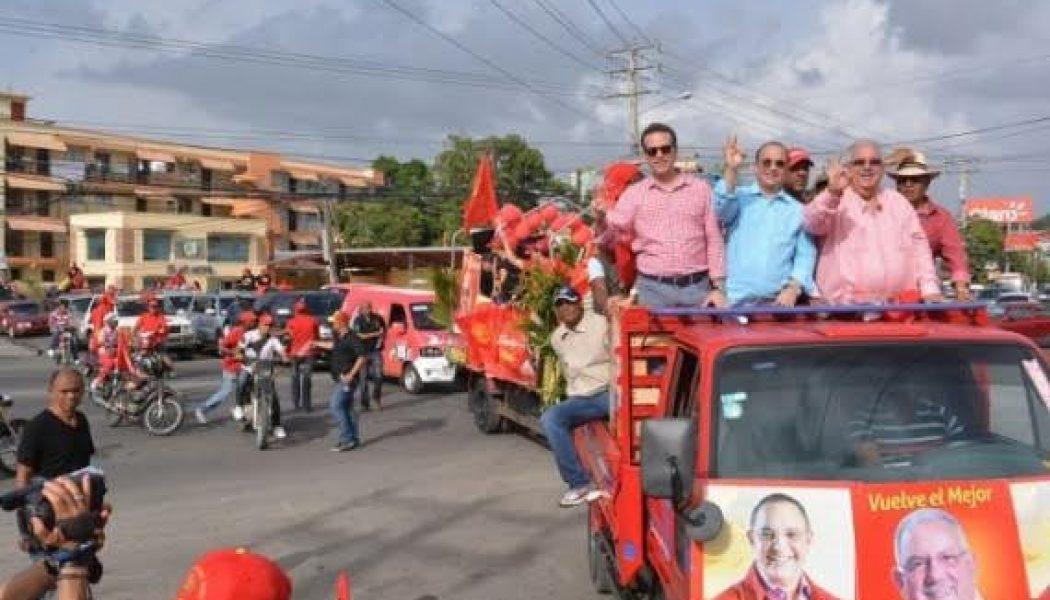 SANTIAGO: PRSC realiza concurrida caravana