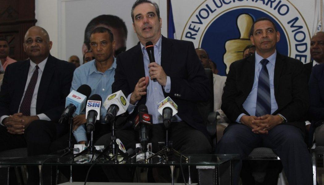 """Abinader ve """"propaganda política"""" plan austeridad anunció Danilo Medina"""