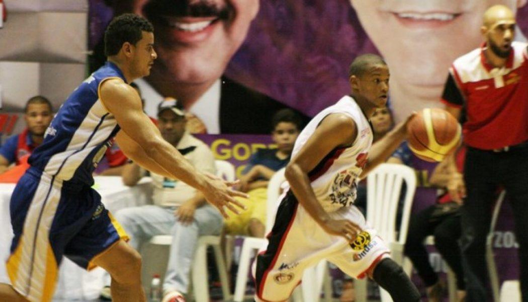 San Sebastián pega primero en semifinal básquet Moca