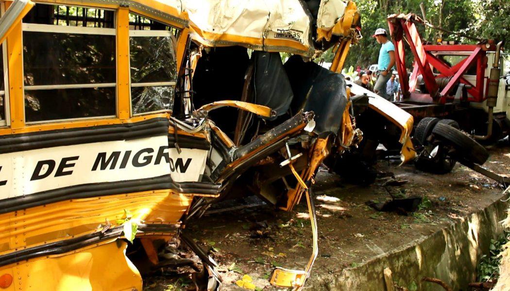 Video: Accidente deja tres Haitianos Muerto y 27 heridos en Constanza