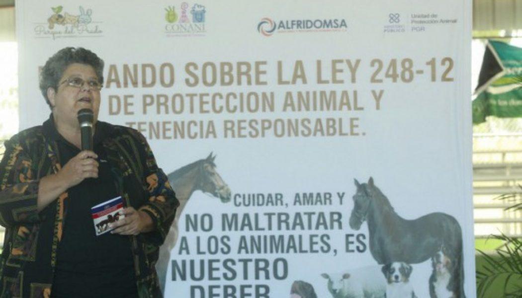 Estudiantes de Constanza reciben charla sobre «Protección animal y tenencia responsable»