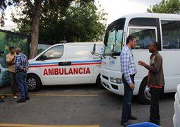 Gobierno dona autobús y ambulancia al Ayuntamiento