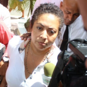 Pasaportes suspende de funciones a Marlin Martínez, madre del novio de desaparecida Emely