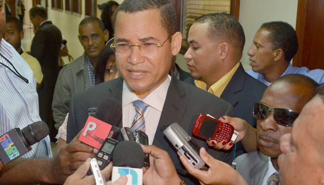 Diputados respaldan candidatura de Eddy Olivares como presidente de la JCE
