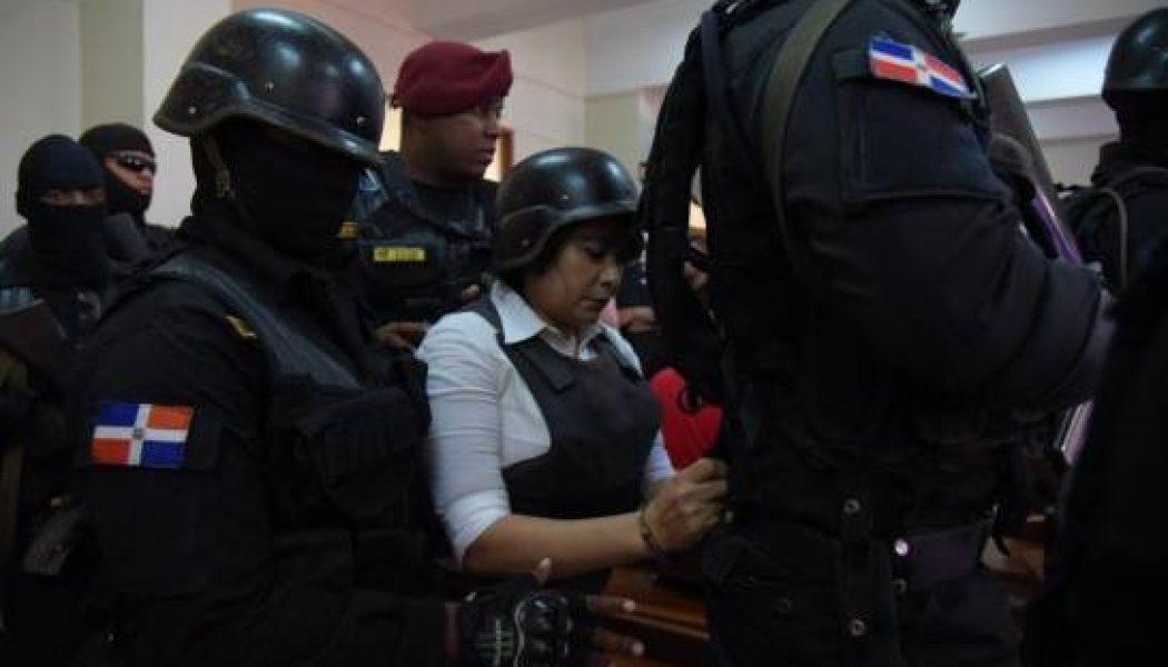 Tribunal reduce a dos años la prisión de Marlin Martínez por el asesinato de Emely Peguero