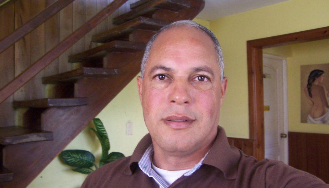 Ing. Rómulo Sánchez presenta renuncia a militancia del PLD