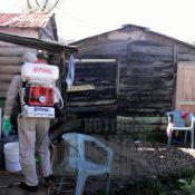 Por incidencia de Dengue realizan operativos en comunidades de Constanza