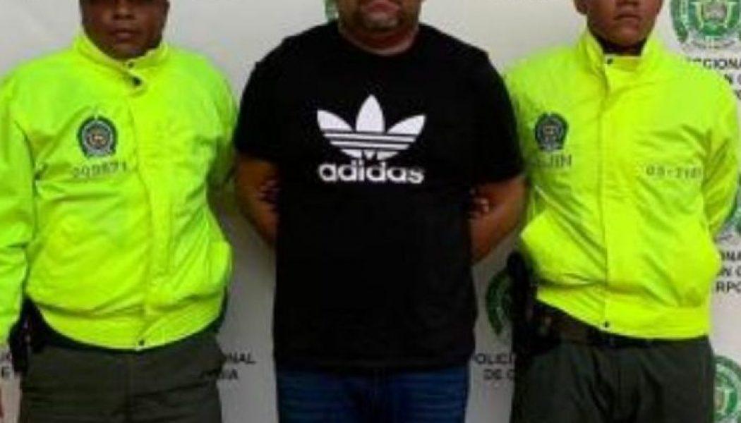 César el Abusador se fue para Colombia en una lancha hace unos días