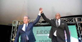 Leonel levanta la mano a Johnny Ventura como candidato a alcalde del Distrito Nacional