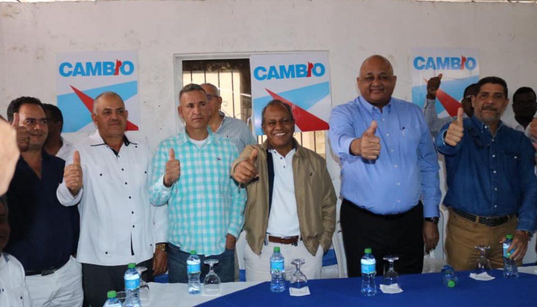 Dirigentes del PRD, PLD y PRSC en Tireo se juramentan en PRM