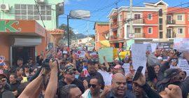 Constanza protesta por la democracia y elecciones transparentes