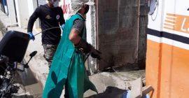 Intensifica la desinfección de calles y zonas de paso a Constanza para minimizar los riesgos de coronavirus