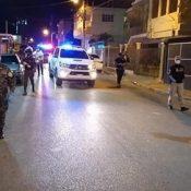 La Policía arrestó a mil 218 personas violaron anoche el toque queda