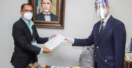 Candidatos presidenciales depositan sus programas y planes de gobierno