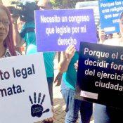 Diputados someterán Código Penal excluyendo despenalización del aborto