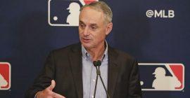 MLB quiere jugar con aficionados la postemporada de la Liga Nacional y la Serie Mundial
