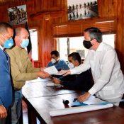 Ministro de Medio Ambiente asegura soluciones para agricultores de Constanza