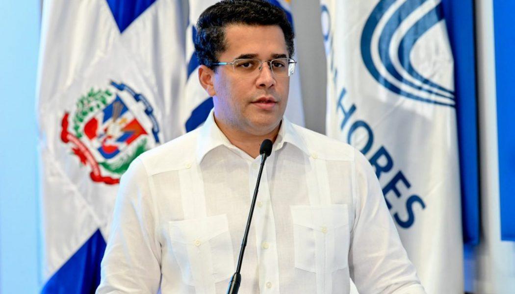 """David Collado dice que el país inicia recuperación del turismo """"de manera firme"""""""
